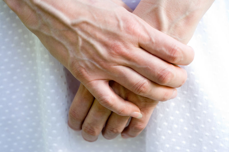 вздутые вены на руках